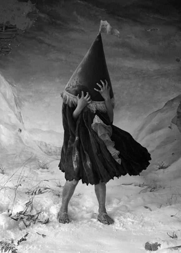 Disturbing-fairy-tale-13