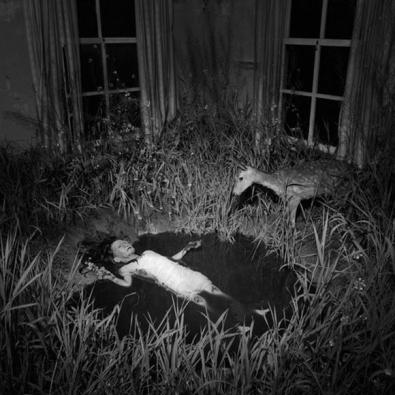 Disturbing-fairy-tale-8
