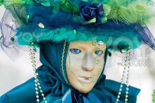 venice-carnival-costume-mask-539cb9